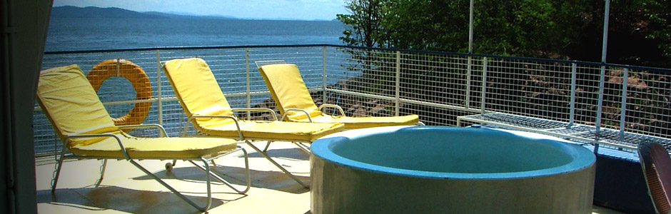 We have four pontoon houseboats available for charter on Lake Kariba